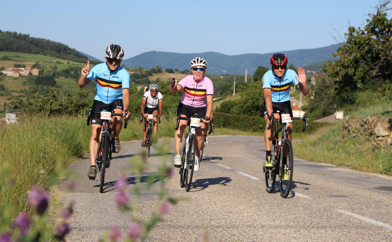 Cyclo descendant en Ardèche Verte