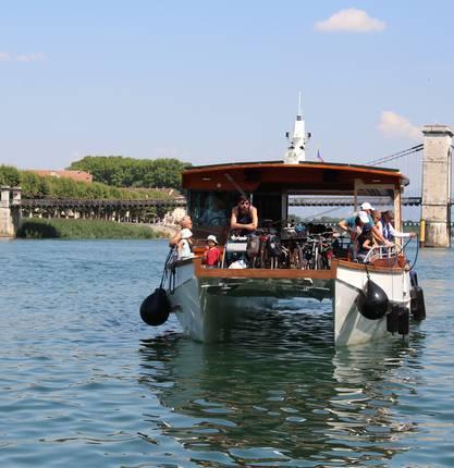 Sidonie vous invite à bord du nouveau bateau de croisière sur le Rhône