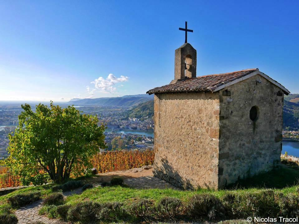 chapelle-automne © Nicolas Tracol.jpg