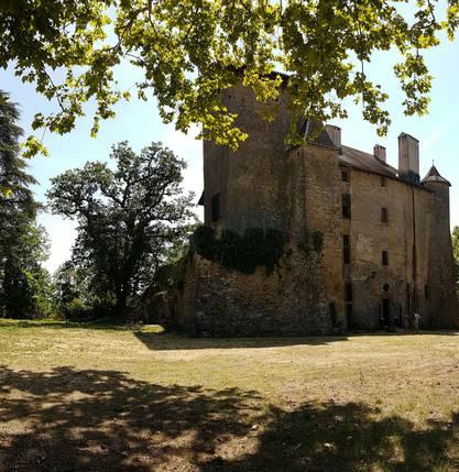 Sidonie visite  le Château de Charmes sur l'Herbasse