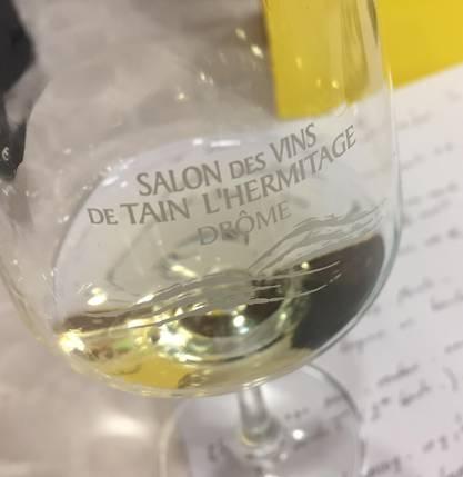 Sidonie, jurée au concours des vins du Salon des vins de Tain