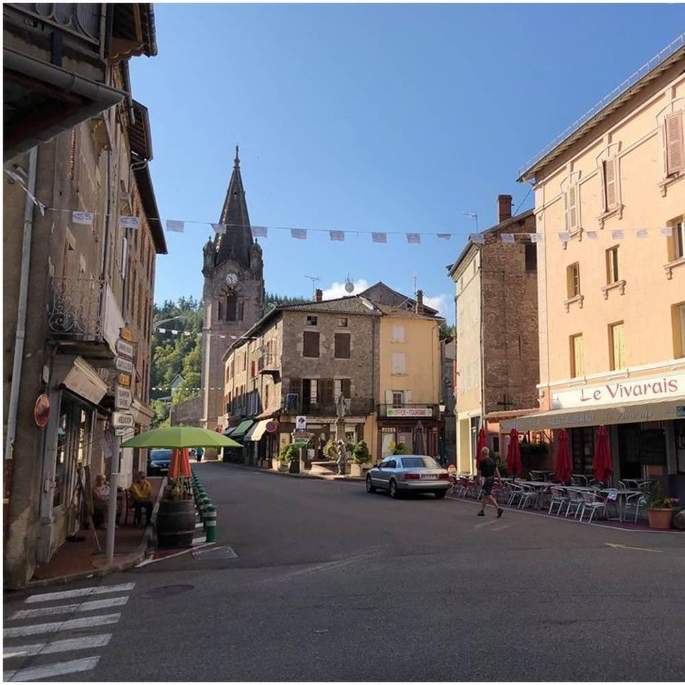 Village de Lalouvesc