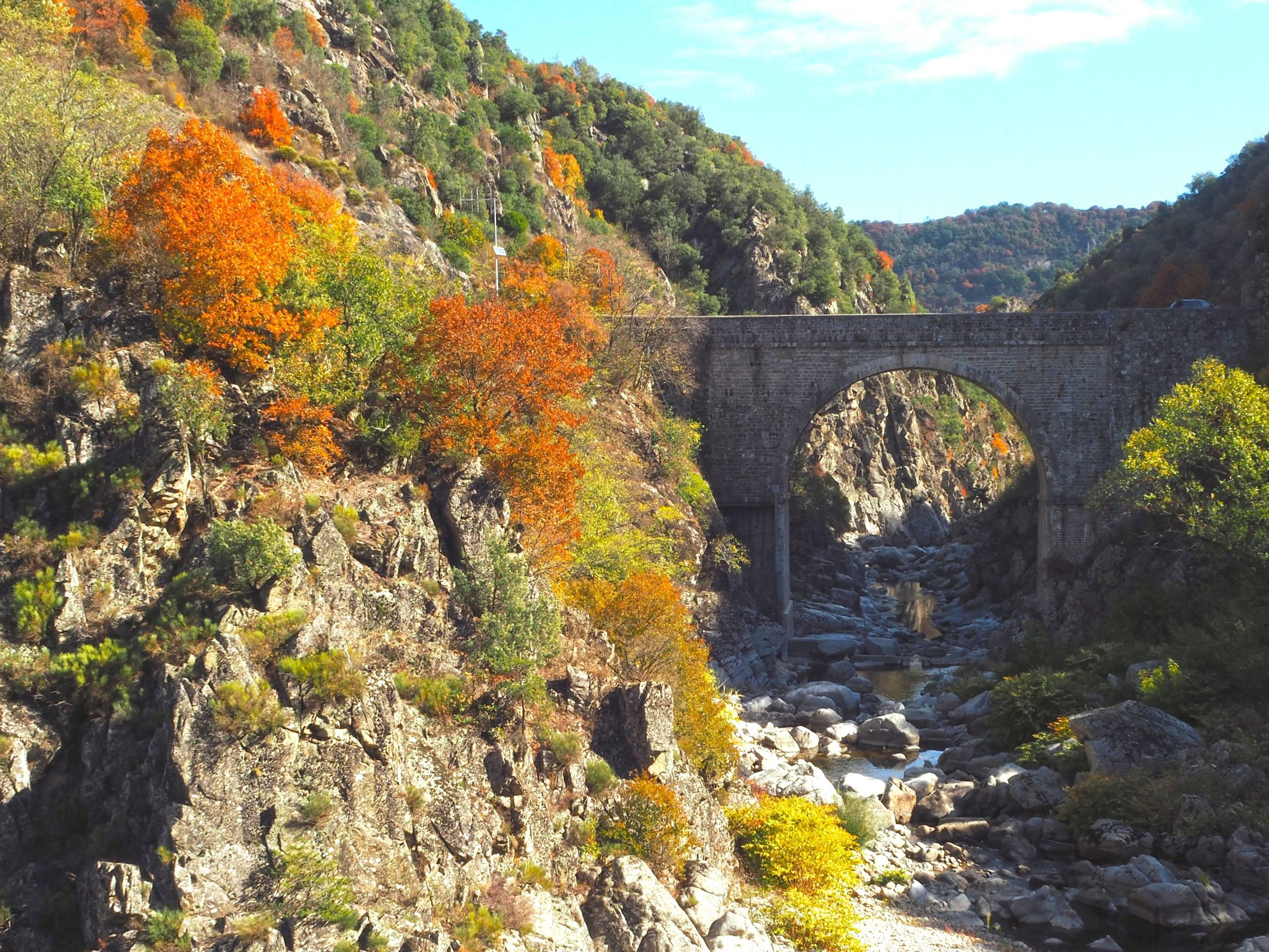 Vallée du Doux en automne