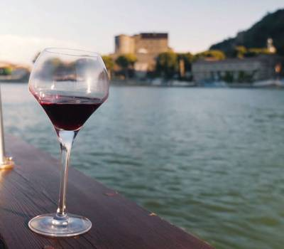 Verre de verre croisière sur le Rhône
