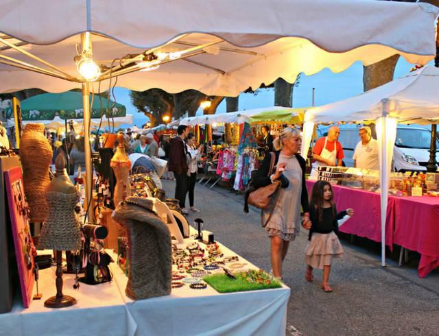 Ah ! Les jolis marchés d'été en Ardèche Hermitage.