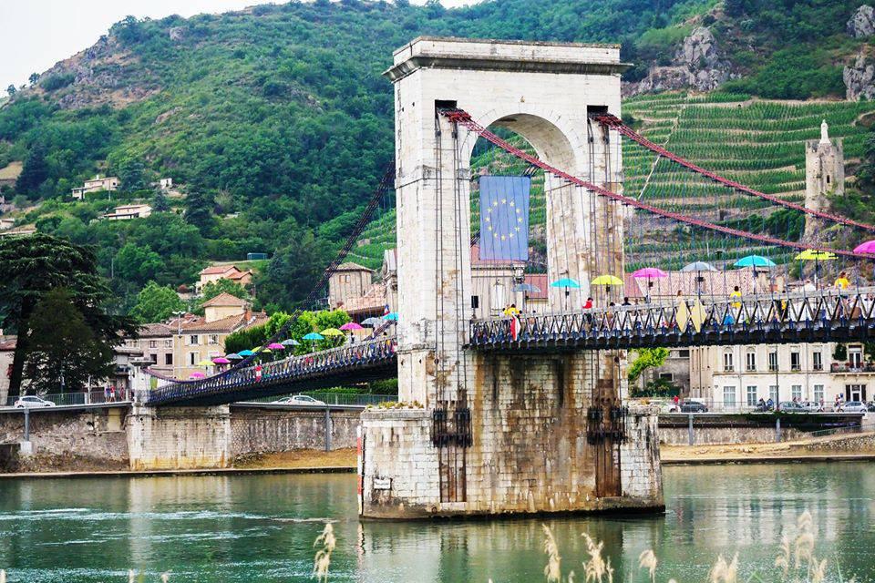 Brifgefood sur Rhône